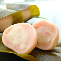 桜風味の麩饅頭